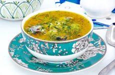 Суп из рыбной консервы с рисом