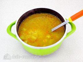 Суп из рыбной консервы с рисом: Варим в течение 5 минут