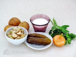 Салат из грибов с солеными огурцами: Ингредиенты