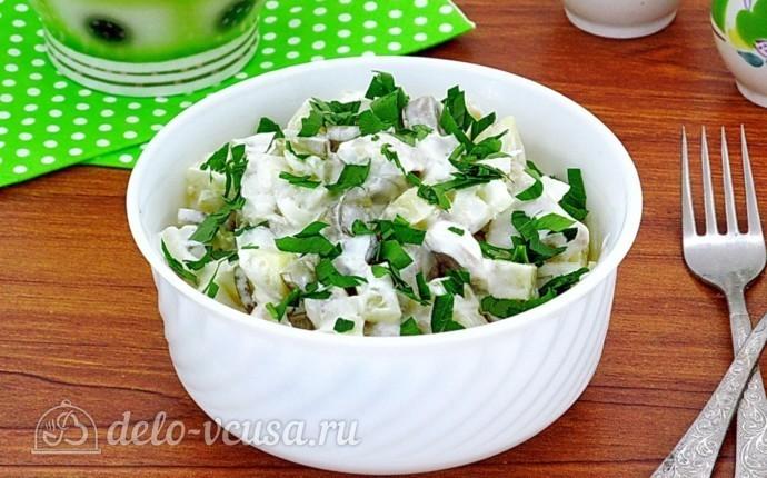 Салат из грибов с солеными огурцами