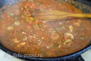 Спагетти Путанеска с помидорами и анчоусами: Посолить и добавить специи