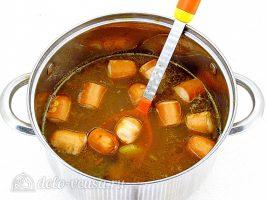 Суп с фасолью и сосисками: Варим до готовности