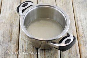 Тефтели с рисом в духовке: Промыть рис