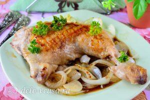 Жареная курица в соевом соусе готова