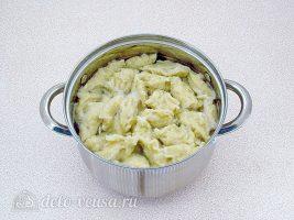 Говядина с клецками: Сварить тесто