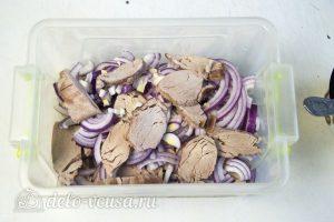 Холодный шашлык из свинины: Свинину замариновать