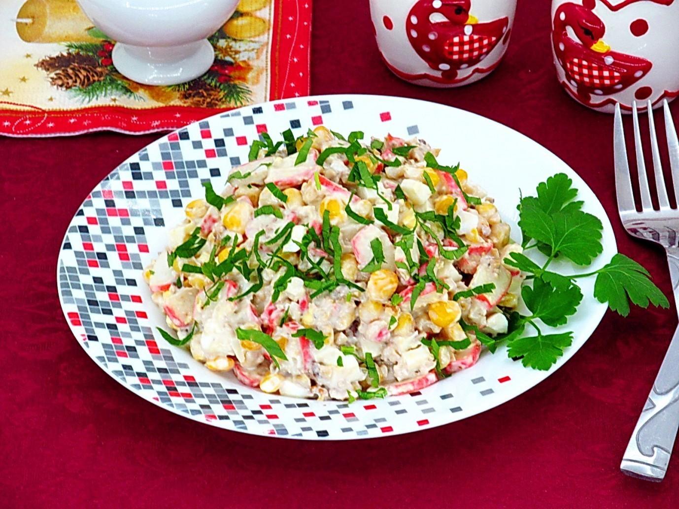 Рецепт крабовый салат с орехами