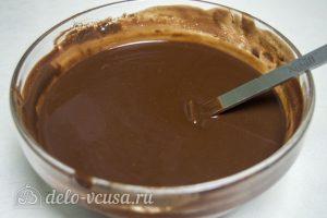Кофейный брауни с орехами: Растопить шоколад