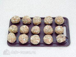 Плов с фрикадельками в мультиварке: Сформировать фрикадельки