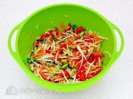 Салат из дайкона по-корейски готов