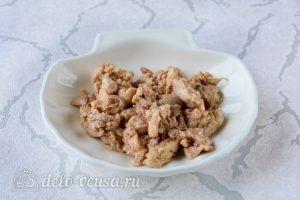 Бутерброды с печенью трески и яйцами: Подготовить печень трески