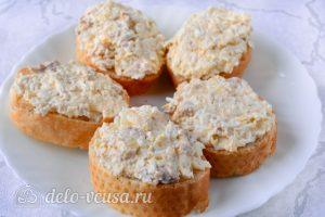 Бутерброды с печенью трески и яйцами: Собираем бутерброды