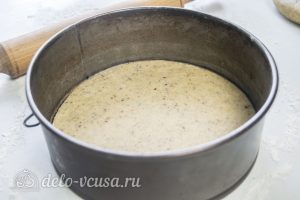 Ореховый чизкейк: Кладем тесто в форму