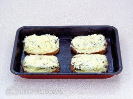 Горячие бутерброды со шпротами и сыром: Поставить в духовку