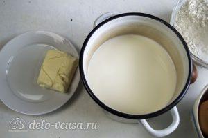 Блины с грибами и мясом: Подогреть молоко и растопить масло