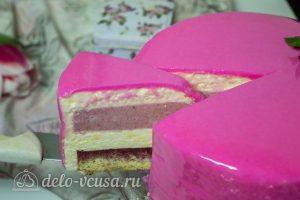 Лимонно-клубничный муссовый торт готов