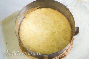 Лимонно-клубничный муссовый торт: Выпекаем до готовности