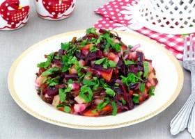 Салат из свеклы и морской капусты