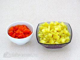 Салат из свеклы и морской капусты: Морковь и картошку отварить