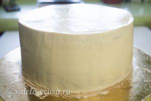 Шоколадная молочная девочка:Обтянуть торт кремом