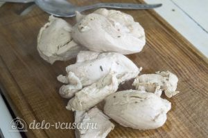 Галушки по-чеченски: Вынуть мясо из бульона