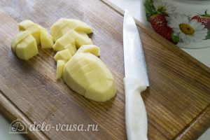 Галушки по-чеченски: Нарезать и отварить картофель