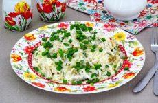 Салат с вареной рыбой и капустой