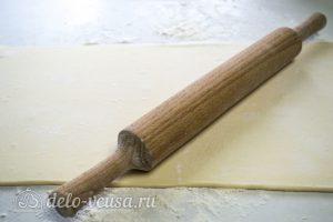 Рулетики с фаршем в духовке: Раскатать тесто