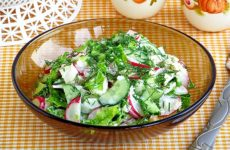 Салат из жареной рыбы