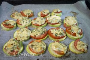 Кабачки с помидорами и сыром: Запекаем до готовности