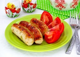 Домашние куриные колбаски