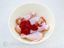 Куриные голени в духовке с кетчупом: Добавьте кетчуп
