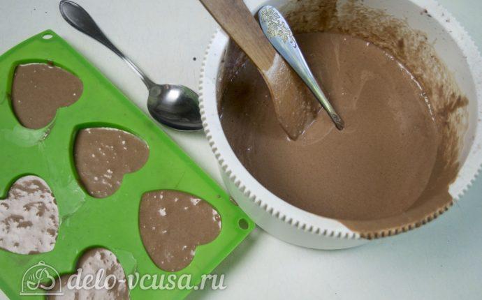 Мороженое с нутеллой: Разлить в формочки