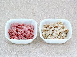 Окрошка на сыворотке: Ветчину и курицу нарезать небольшими кубиками