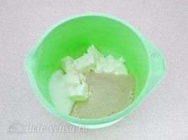 Творожно-банановый крем: Соединить сметану и другие ингредиенты