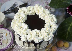 Торт Медовые соты с вишней