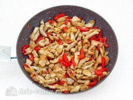 Мясо по-китайски с овощами: Добавить к мясу уксус