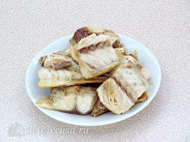 Рыбный паштет на бутерброды: Сварить и очистить рыбу