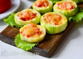 Фаршированные кабачки с помидорами и сыром