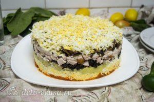 Закусочный торт с курицей готов