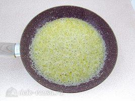 Блинчики Креп Сюзетт с апельсиновым соусом: Растворить сахар