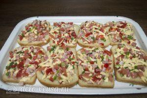 Горячие бутерброды с колбасой, сыром и болгарским перцем: Выпекать в духовке