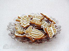 Имбирное печенье с глазурью готово