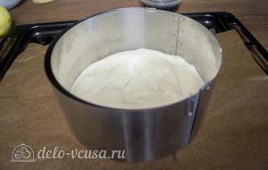Ягодный муссовый торт: Испечь корж