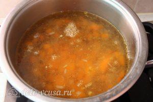 Суп-пюре из тыквы с чечевицей: Варить суп