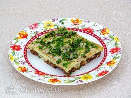 Куриная печень с яйцом по-румынски готова