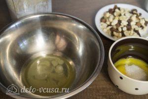 Домашнее мороженое Семифредо: Разделить яйца на белки и желтки