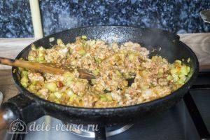 Рис с кабачками и фаршем: Добавить рис