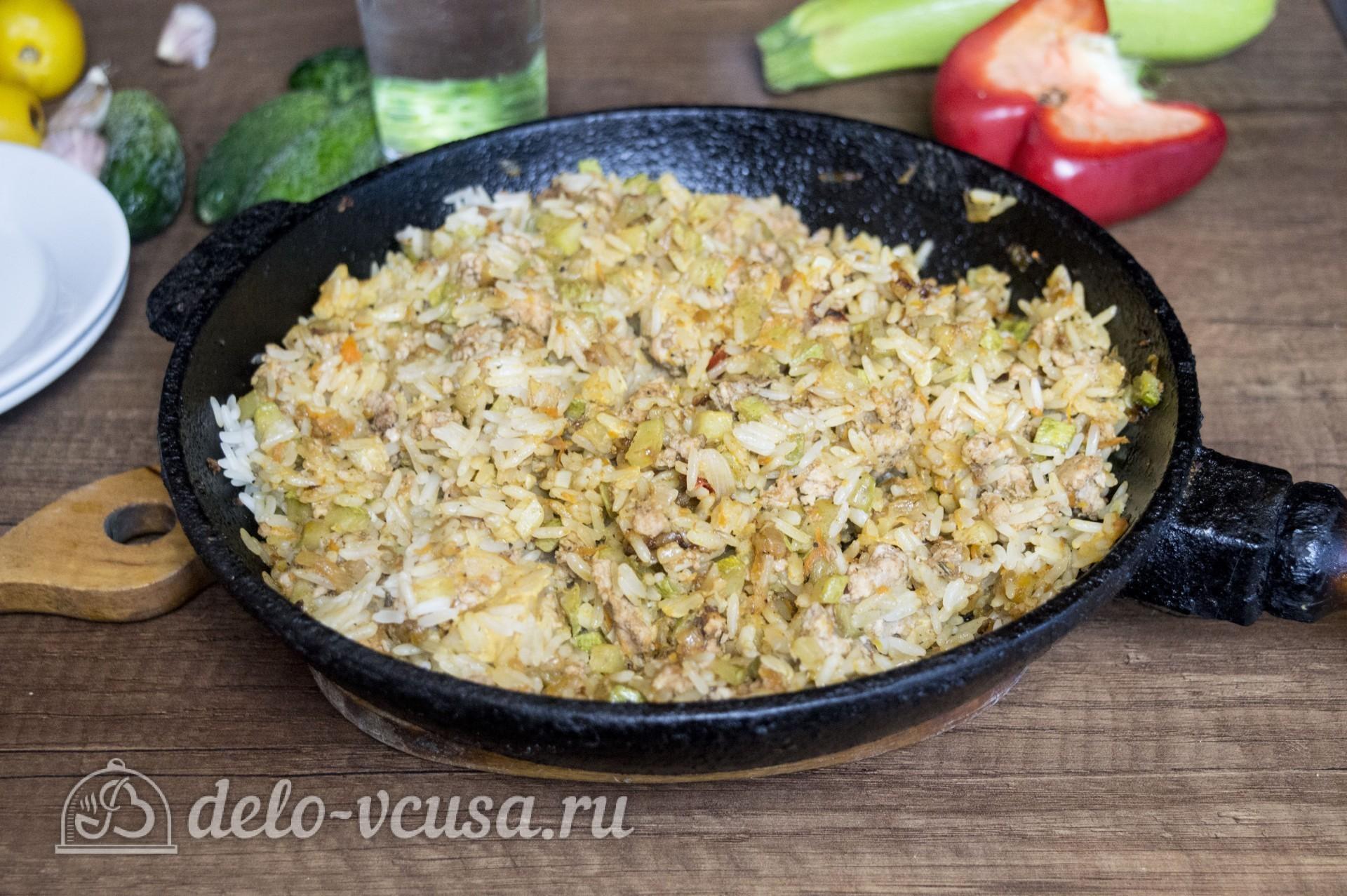 Рис с кабачками и фаршем