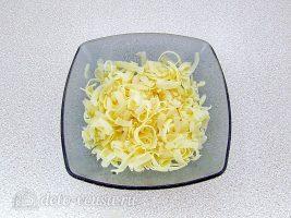 Салат Дамский каприз с ананасом и курицей: Натереть сыр
